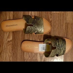 City classified shoes sz9